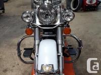 Make Harley Davidson Year 2008 kms 33103 Silver and