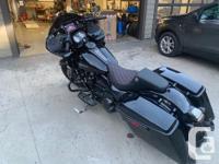 Make Harley Davidson Model Road Glide Year 2019 kms