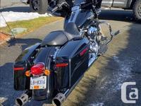 Make Harley Davidson Model Street Year 2014 kms 22500
