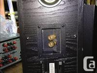 50$: set of 6 Haman/Kardon speakers in silver + UBL