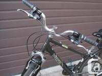 This is a fabulous comfortable hybrid/ cruising bike in