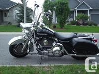 Harley Davidson FLHRS 2006, Black and chrome - awesome