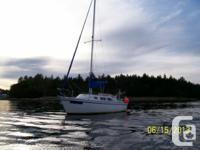 1984 - 27 foot Laguna sailboat for sale. Ideal live