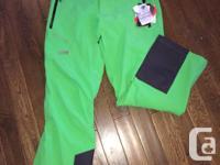 Brand new, never worn Helly Hansen Edge Ski Pant Size