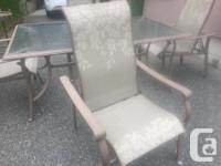 comes with 4 chairs that have 5 reclining adjustment