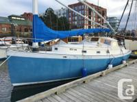 The Nonsuch 30 blends classic catboat lines above the