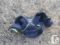 Boys size 10-12 Hockey gear. Hockey pants, pads, mitts,