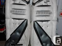 hockey goalie 35 inch Simmons 991 pads, blocker +