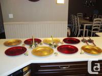 Xmas Set of 8 Plate Chargers (4 Red + 4 Gold,6