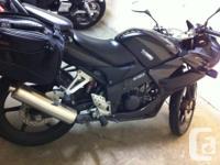 BLACK HONDA CBR 125CC 2007 11000 KMs Includes: >SADDLE