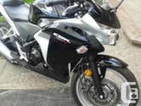 Honda CBR250R 2012 Black Mint Only 1975Kms Hi, Up for