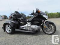 Honda Goldwing GL 1800 2001 Bike 103000 kms with new