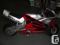 Honda minimoto sport racer batterie operated