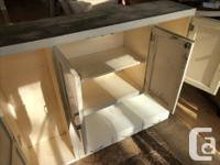 Lovely wooden/painted kitchen hoosier with original