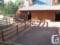 Small 4 stall walk in/out barn has one stall available