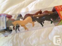 """10 Horses - Tallest 9"""" Plus NEW tube of 12 mini horses"""