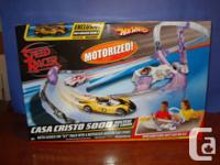 This track is for 1/64 scale diecast cars. Features: -