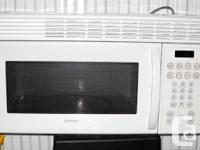 Hotpoint Microwave - Over the Range - Excellent