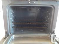 Hotpoint self cleaning oven in excellent condition.