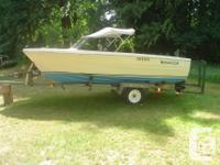1983 17' Hourston Glascraft boat in good shape.