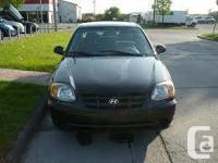 Hi im selling my 2004 Hyundai Accent, im asking 1,800$