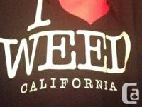 Never used, 10/10 condition 'I <3 Weed' hoodie for