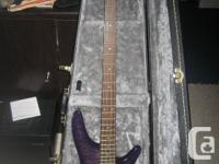 This bass is in mint condition and comes with hardshell