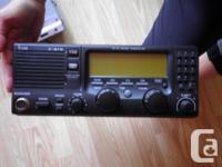 Icom M710 SSB transceiver and AT130 antenna tuner.