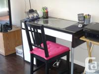 Black and White Ikea Micke Computer Desk for sale by
