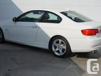 Make BMW Model 328i xDrive Year 2011 Colour Pear White