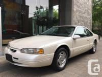 Make Ford Model Thunderbird Year 1996 Colour Pearl