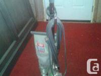 Industrial vacuum cleaner in good condition! $50  Pick