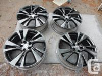 "Infiniti JX35 QX60 20"" Factory OEM rims in Metallic"