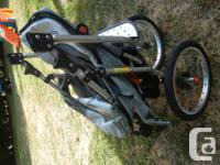 great buggy that fully reclines and sits upright. has a