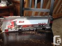 International Tractor-Trailer Erb Transport 1:64 Scale
