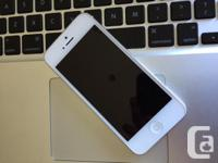 White iPhone 5. 32 Gig. Mint condition. No scratches,