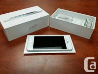 Like New / MINT White iPhone 5 64GB unlocked for any