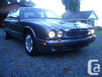 Make Jaguar Model XJ8 Year 2003 Colour Gray kms 159