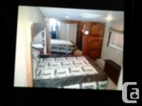 Jayco 4 seasons 5th wheel has fire place, flat screen,