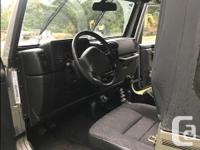 Make Jeep Year 2001 Colour Gray Trans Manual Like new