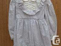 Girls Dress designer Dress size 5 65% POLYESTER 35%