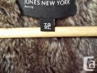 JOANS OF NEW YORK DOWN FILLED COAT WITH HOOD STORM
