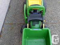 John Deere mini loader and trailer made by Peg-Perego