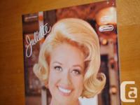 Juliette. Vinyl LP. 10 tracks. CBS Radio Canada. RCA
