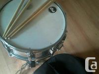 Had this snare drum sitting in my attic from Grade 7. I