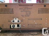 Vintage JVC Nivico 4 band deluxe radio, made in Japan,