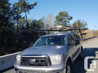 Kargo Master Ladder rack for 8' pickup truck box was