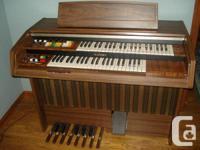 KAWAI E44C Electric Chord Bass Organ.  Just uncrated