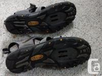 Clip into summer! These lightly used Keen sandals are
