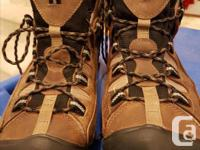 Keens Waterproof Hiking Boots - Mens size 10. Worn only